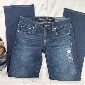 American Eagle    Women's Boyfriend Jeans Size 4